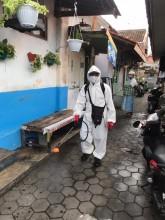 Penyemprotan Desinfektan di Gencarkan kembali oleh Satgas Covid-19 Kel. Purwokinanti
